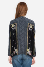 Load image into Gallery viewer, Johnny Was RUMI BLOUSE