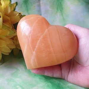 Orange Calcite Heart – ex-large – (ID: crf43)