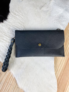 Large Clutch in Black Saddle