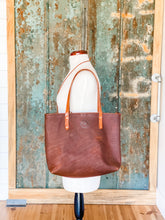 Load image into Gallery viewer, Medium Refined Jenny Tote in Worn Saddle