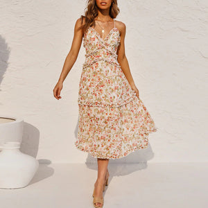 Small floral dress with elegant print in summer