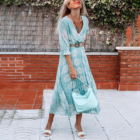 V-neck vintage printed pleated maxi dress