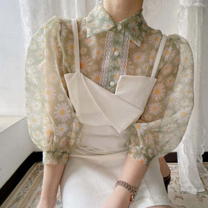Fashionable chamomile printed bubble sleeve organza lace stitching shirt