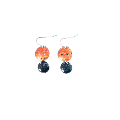 Drop earrings orange / brown