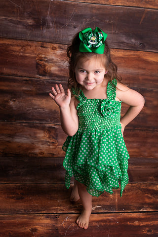 B0007 - L1070 - Green Hankie Dress