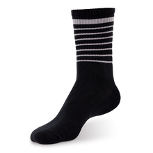 Laden Sie das Bild in den Galerie-Viewer, Reflective Socks, black