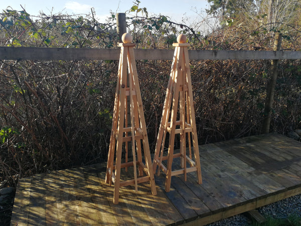 SALE ! Pair of 5'Cedar Obelisk with Sphere Finial. Flawed Factory Standard Grade | Buy Direct from Pacific Northwest Manufacturer | Free Shipping!