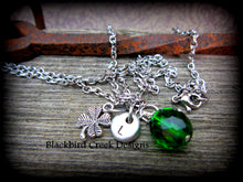 Load image into Gallery viewer, Lucky Shamrock Necklace