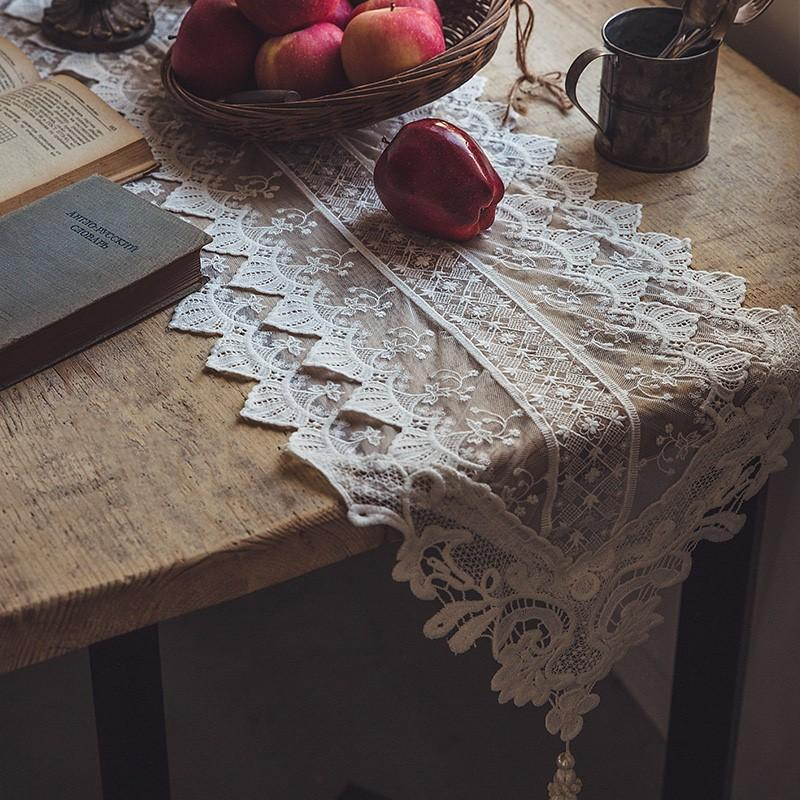 Cherish Table Runner - HGHOM