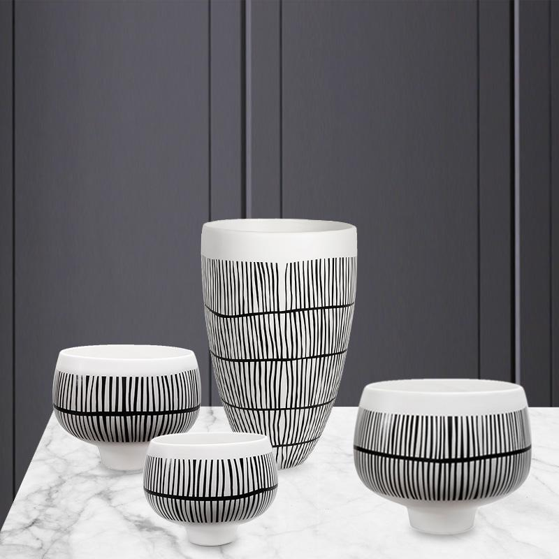 Striped Ceramic Decor HGHOM