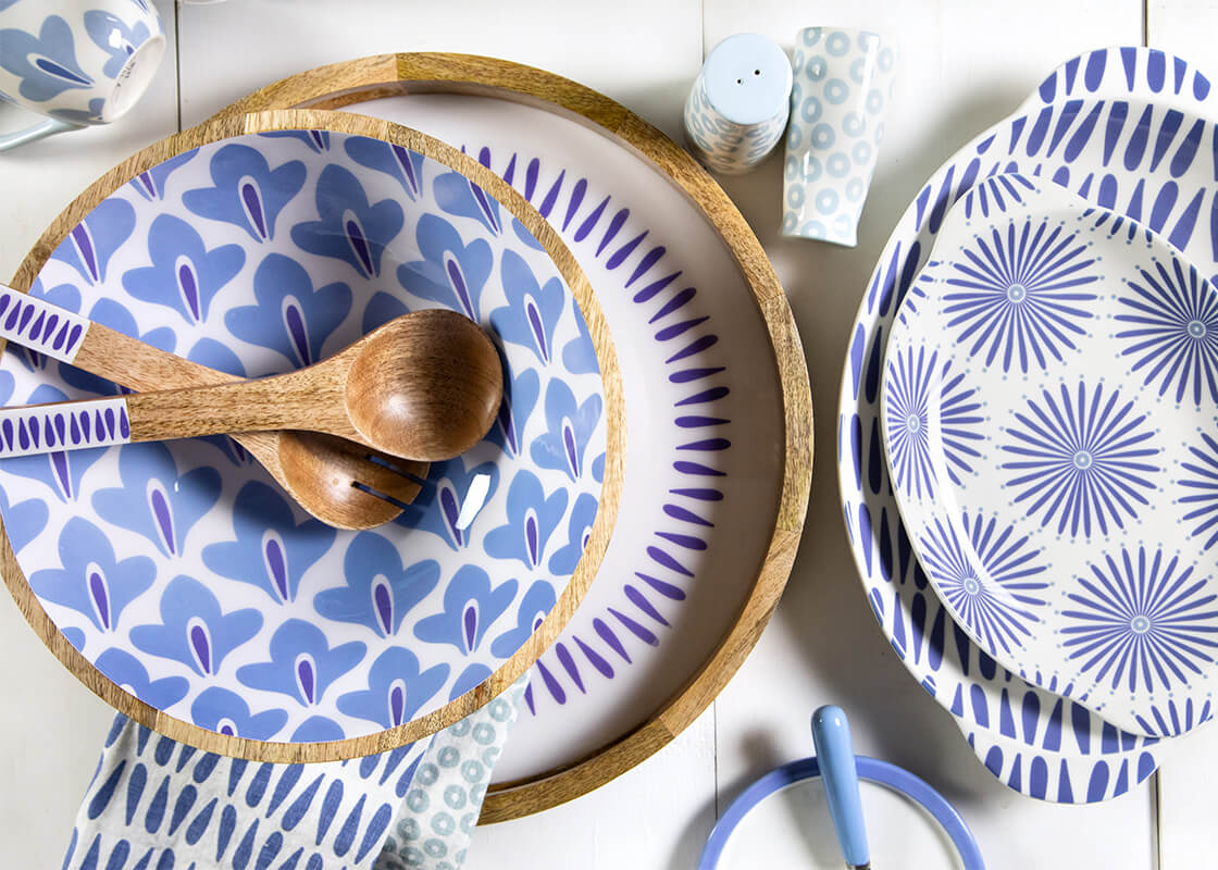 Iris Blue Drop Mango Wood Round Handled Tray