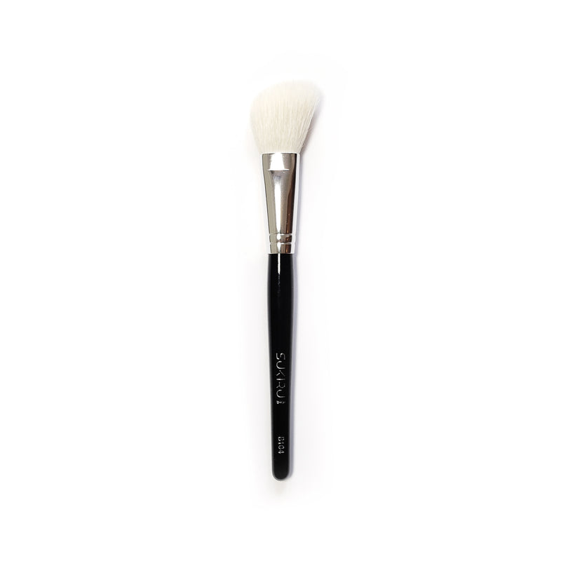 Small Angled Cheek Brush | B104