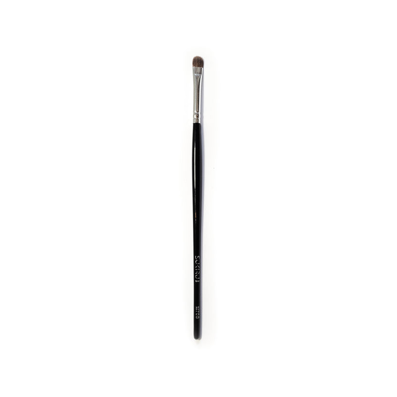 Flat Small Eye Brush | M706