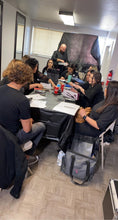 Load image into Gallery viewer, Curso en Extensiones de Cabello - 23 y 24 de Mayo