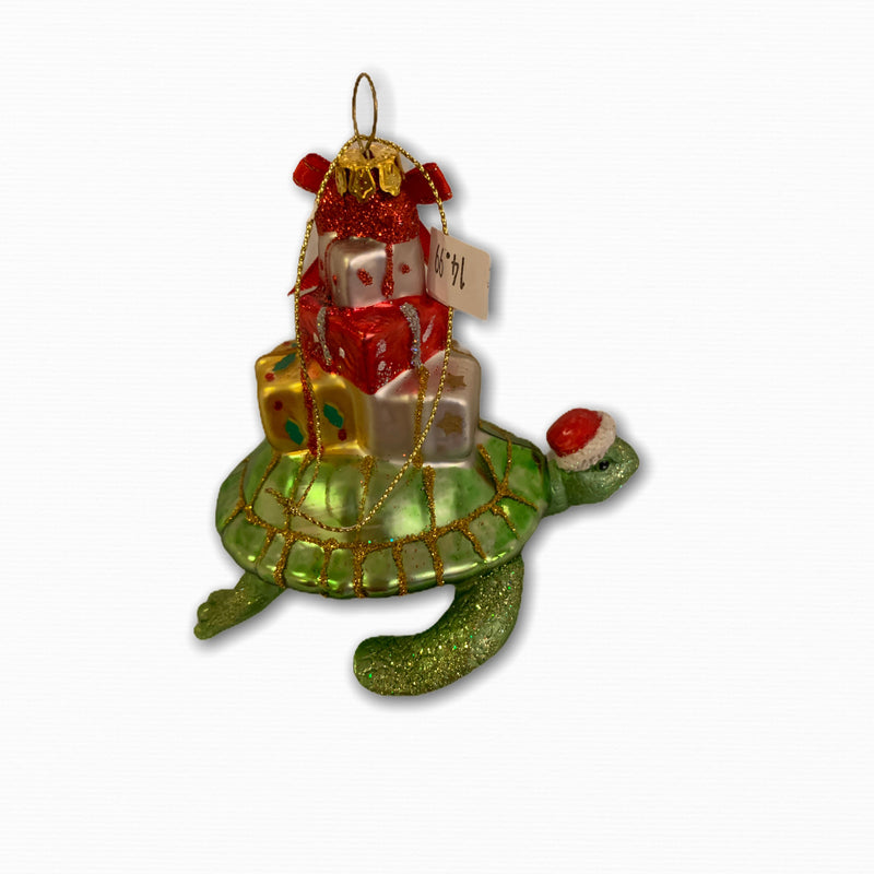 SEA TURTLE WITH CHRISTMAS PACKAGES ORNAMENT