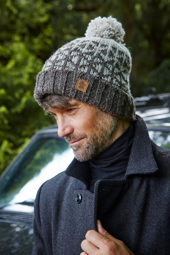 Pachamama Adults 'Brecon Beacon' Knitted Bobble Beanie - Grey