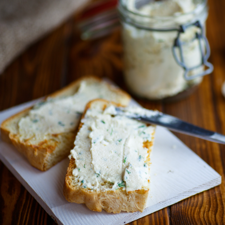 Garlic & Herb Cream Cheese, 6 oz