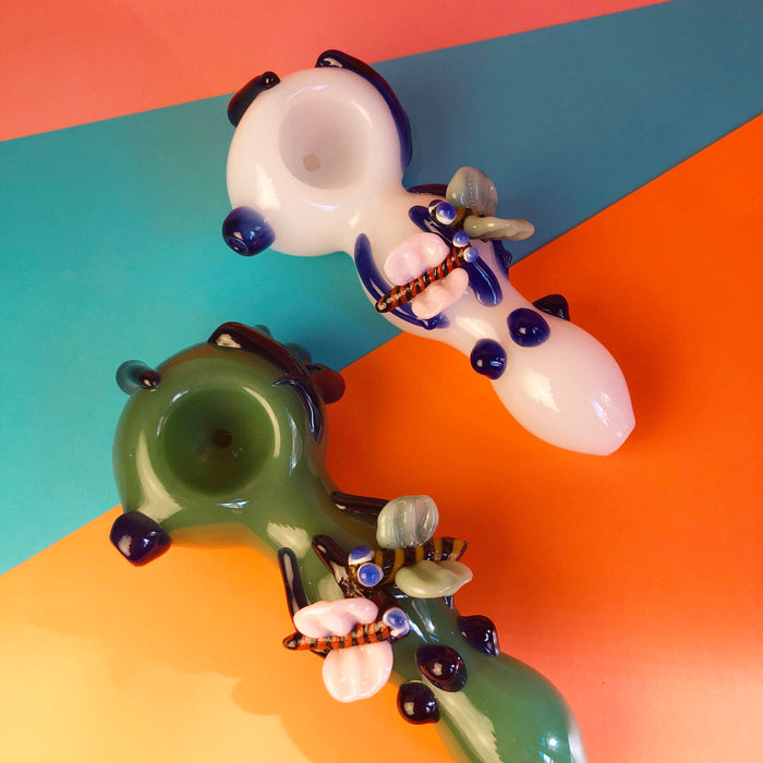 Butterfly Pipe (Multiple Colors)