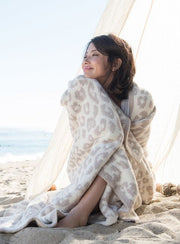 CozyChic Barefoot in the Wild Throw - Cream/Stone