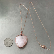 Load image into Gallery viewer, Rose Quartz Heart Pendant Necklace