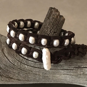 White Pearls Chocolate Brown Deerskin Leather Double Wrap Bracelet