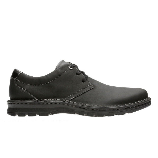 Clarks Vanek Plain Shoe - Black - 26128415