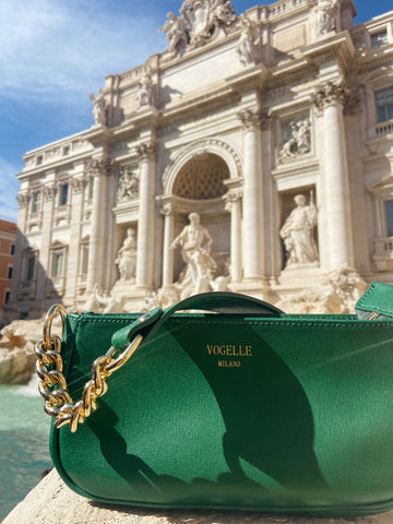 Green Chain Shoulder Bag at the Trevi Fountain