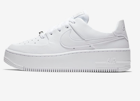 AIR FORCE 1 SAGE LOW WOMEN