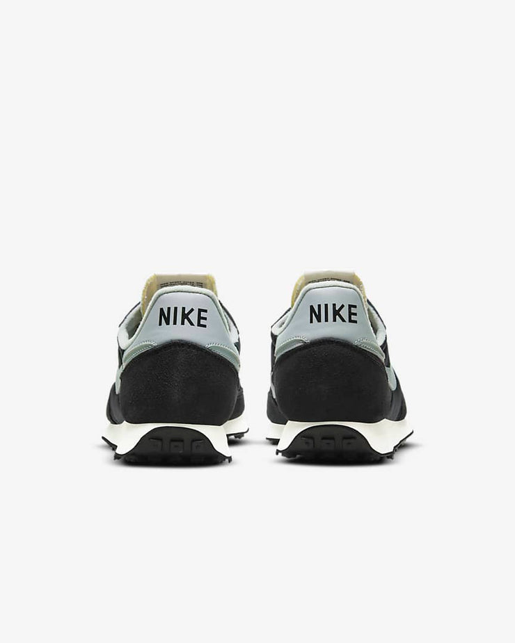nike challenger og grey_back view