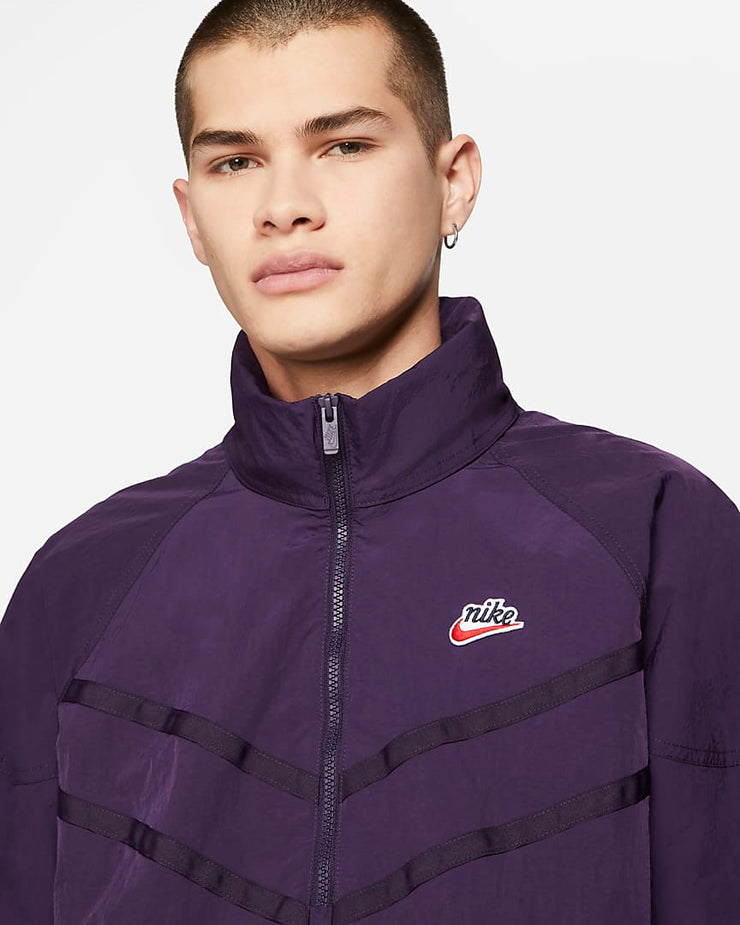 nike_heritage wind runner jacket_purple_front detailed view