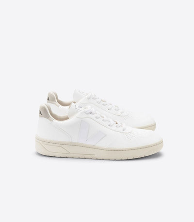 VEJA sneakers_V-10 CWL VEGAN white women_side view