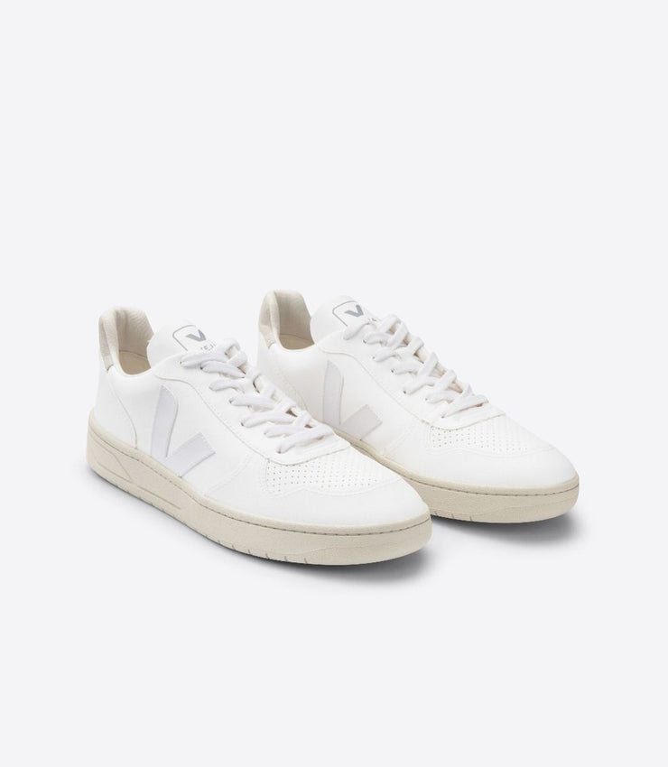 VEJA sneakers_V-10 CWL VEGAN white women_front view