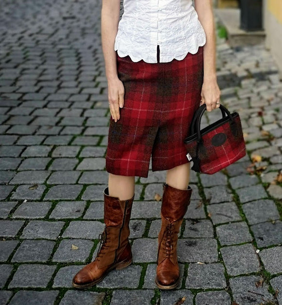 British House Rock Kim Red Tartan