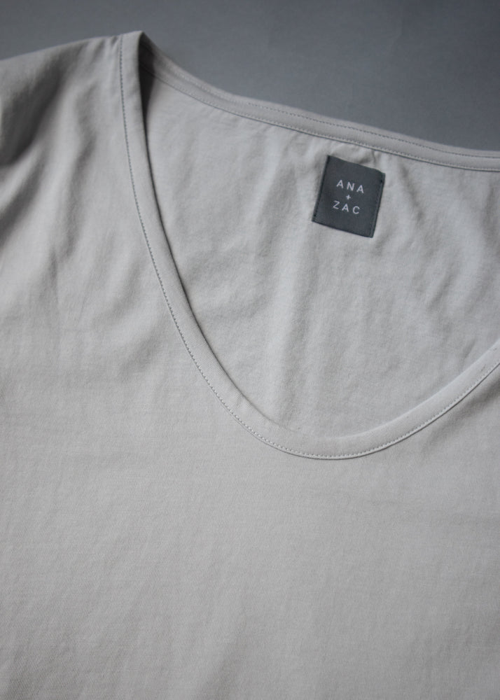 Basic Tee Quiet Grey