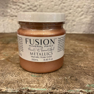 FUSION MINERAL PAINT. ROSE GOLD