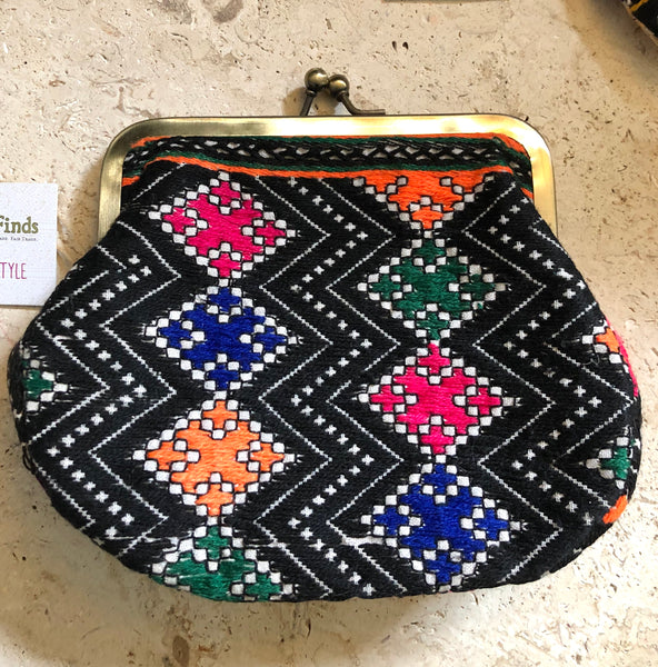 Embroidered Indian Purse. fair trade. Beautiful!