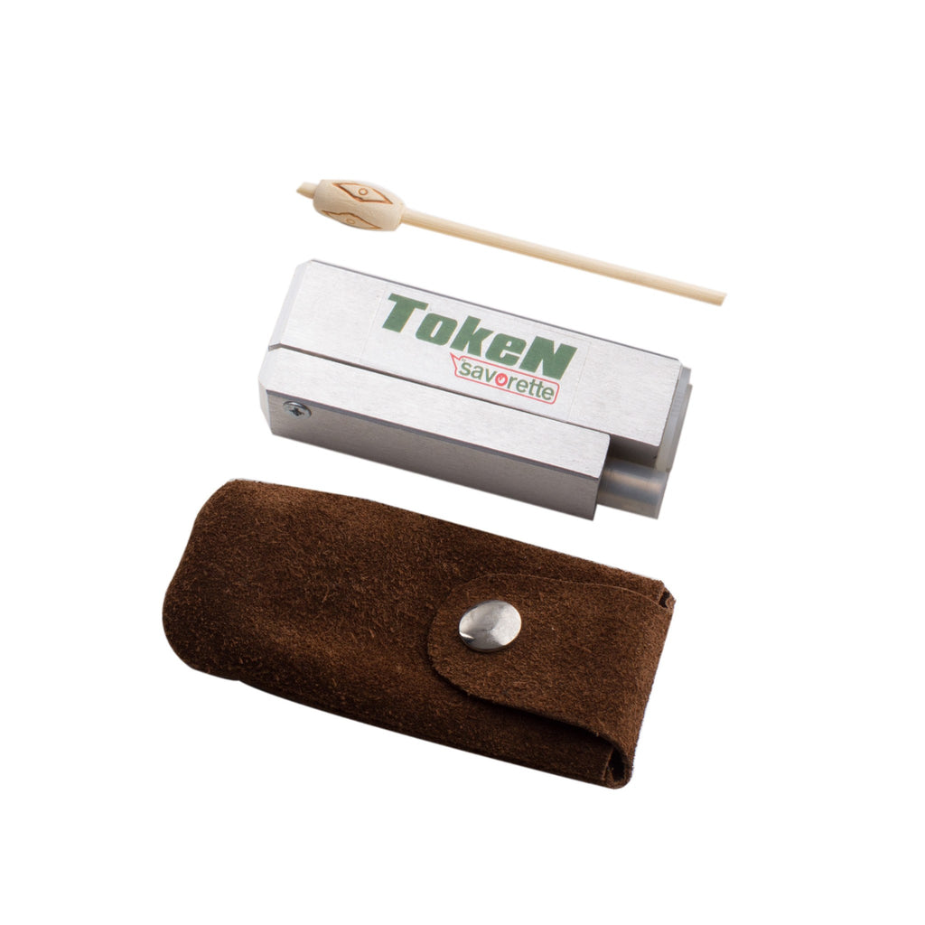 Token Pipe by Savorette with Leather Pouch