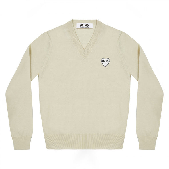 PLAY V Neck Pullover White Heart Natural Series