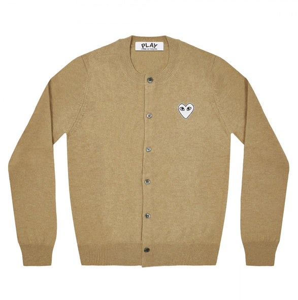 PLAY Cardigan White Heart Natural Series Camel