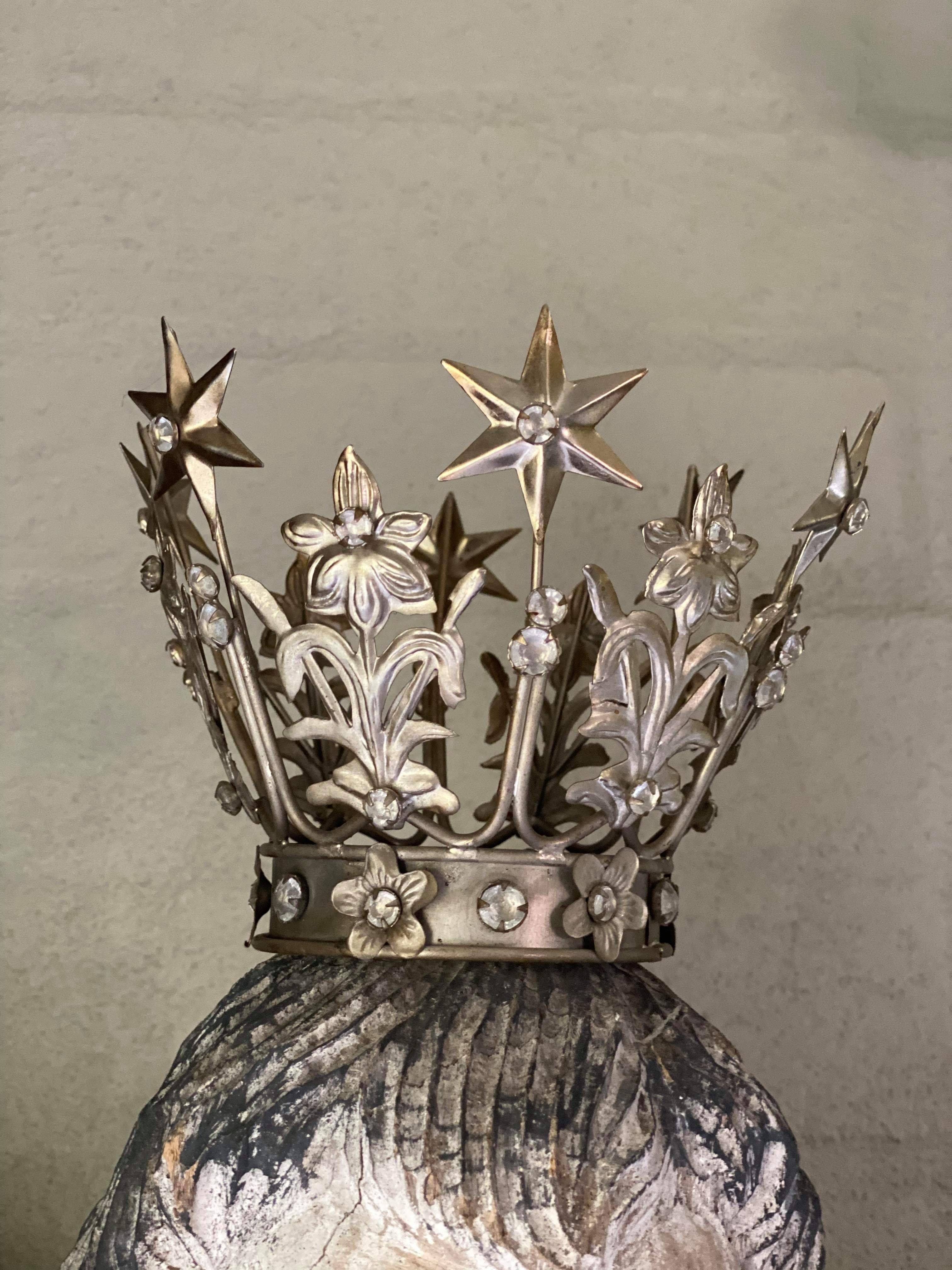 Victorian Metal Crown