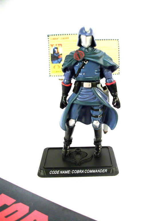 2009 RESOLUTE G.I. JOE COBRA COMMANDER V39 100% COMPLETE + FULL CARD