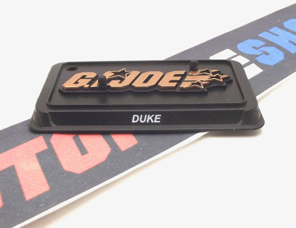 2015 50TH ANNIV DUKE V29 TWO PEG FIGURE STAND WITH FLAG HOLE