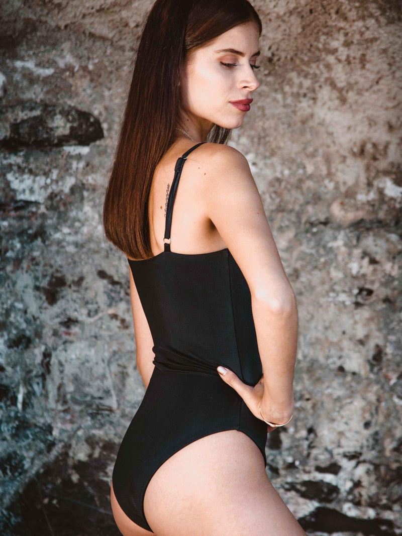ALBA ONE PIECE - Black
