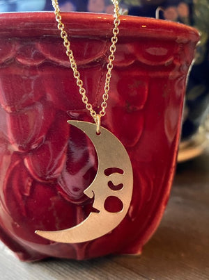Resting Moon Necklace