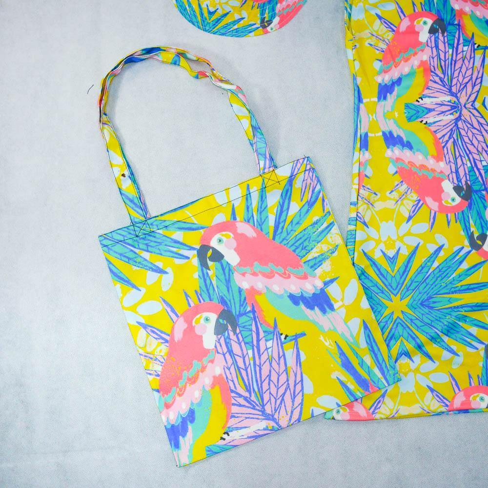 Parrot Tote Bag - Colorfull