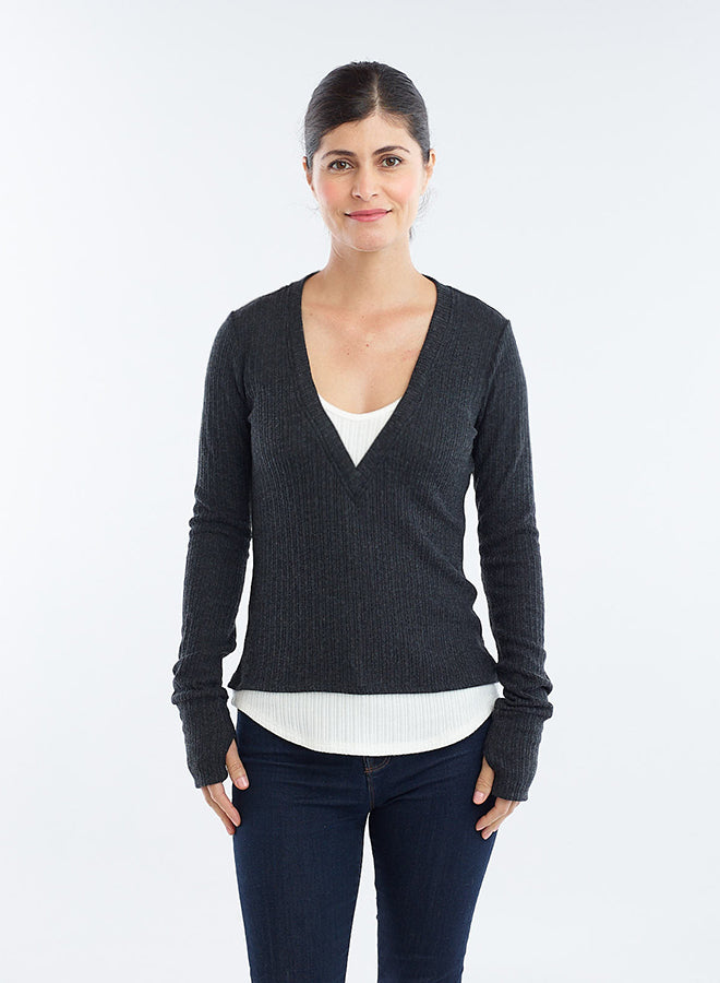 Layered V-Neck Thumbhole