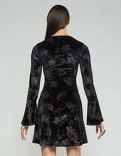 Load image into Gallery viewer, Shalyce Velvet Dress