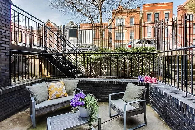 Contact Eskell for stagings like this West Town condominium for sale and more condos for sale.
