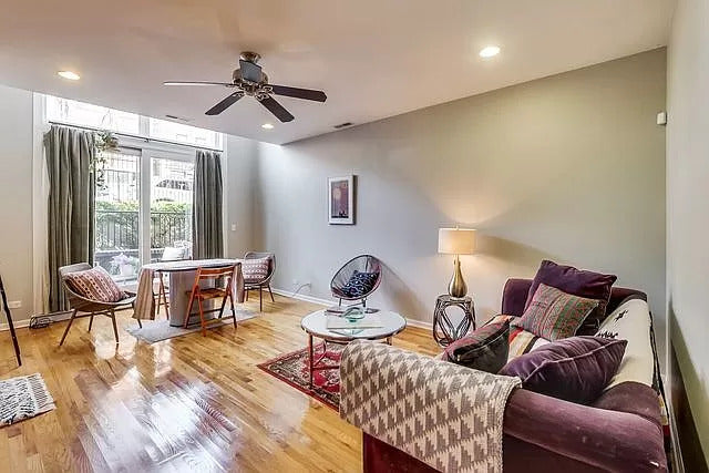 See more of this West Town property and stagings for more Chicago condos for sale.