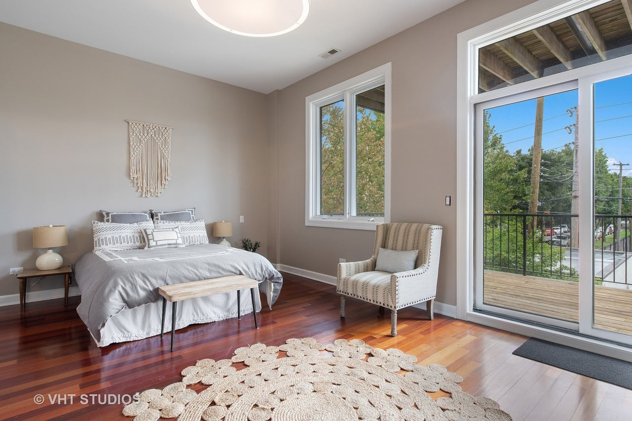 Wicker Park apartments are staged with modern amenities and style.